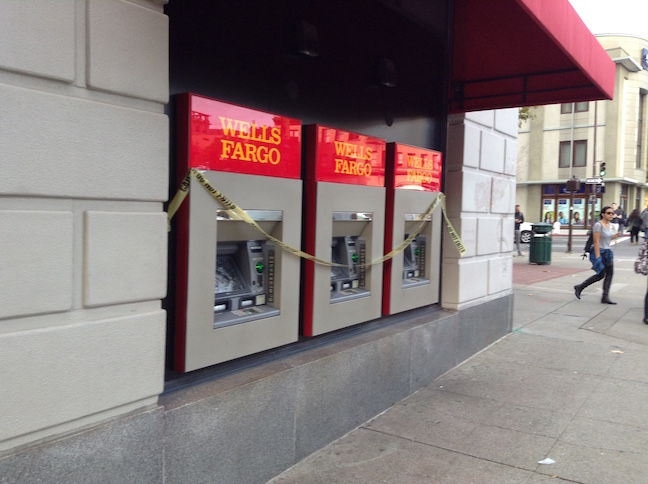 wells fargo bank on shattuck avenue